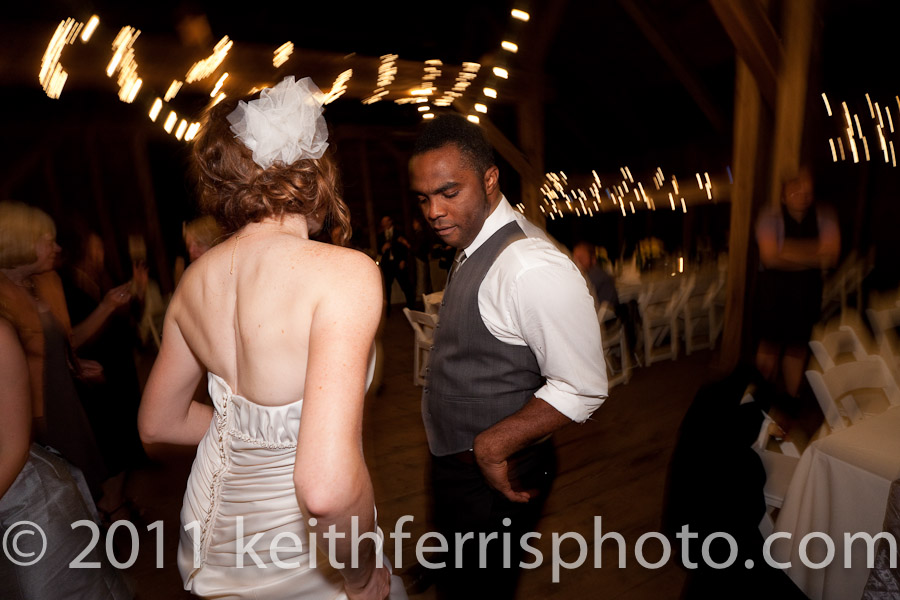 dancing the night away at summer wedding in westchester
