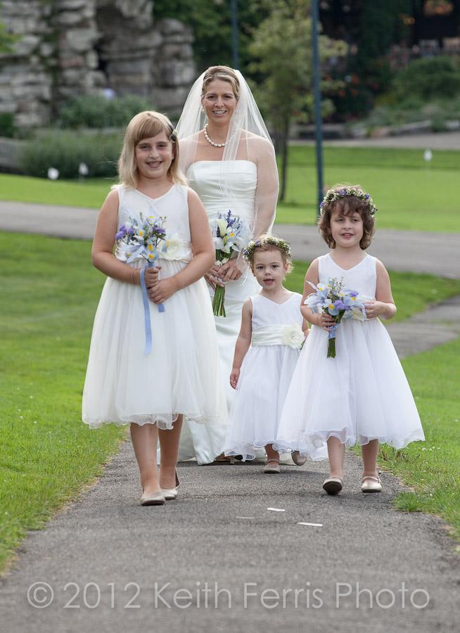 Hudson Valley NY wedding photojournalist