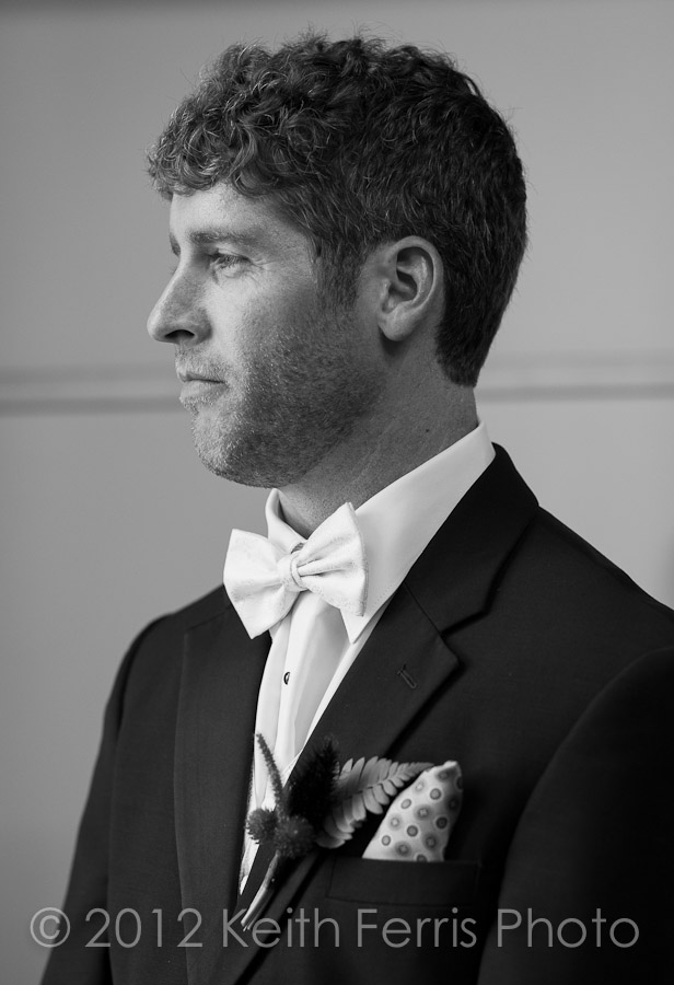 groom waiting before the wedding