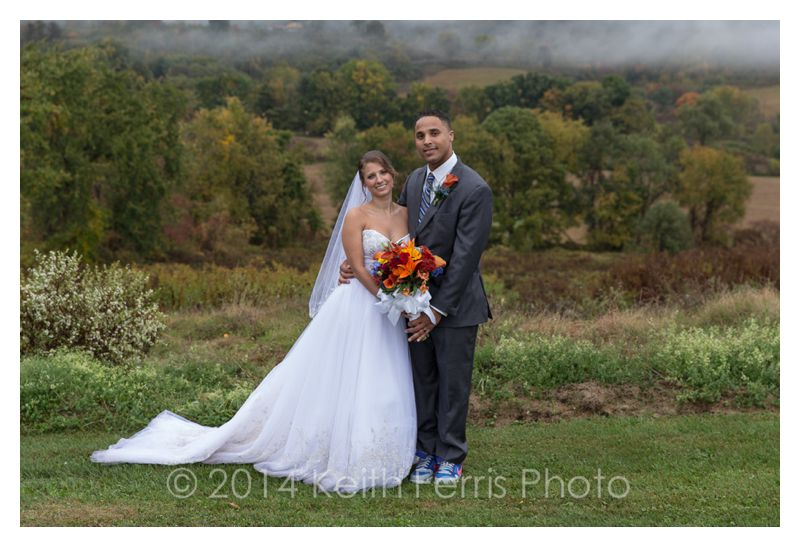 rainy fall wedding photos