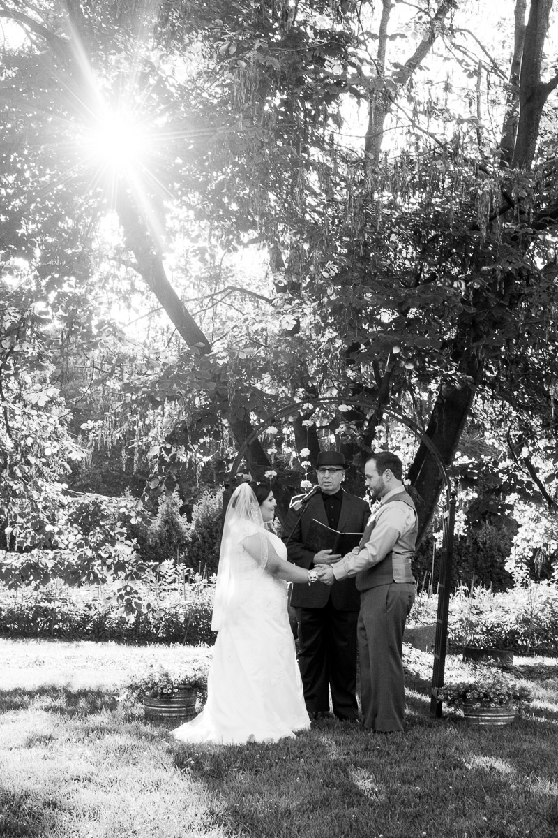 Locust Grove wedding ceremony b&w