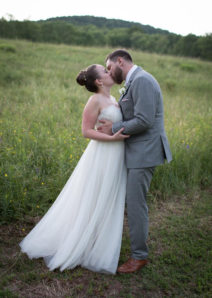 wedding kiss Roxbury NY