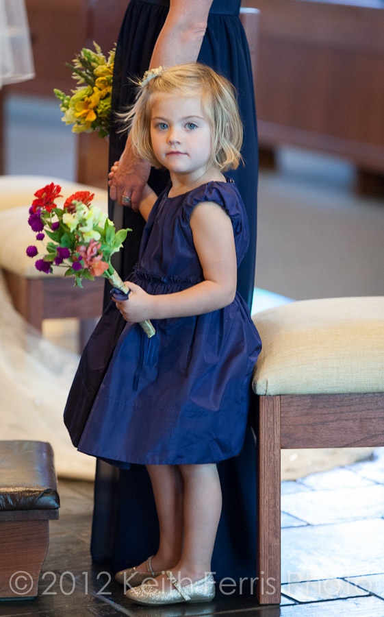 flowergirl photo during New Paltz wedding ceremony